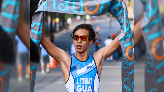 Joshua Stewart y Marlen Aguilar conquistaron el segundo lugar de la Triatlón Veracruz 2019