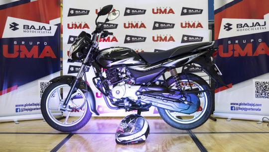 La nueva motocicleta Platina 100 en Guatemala, ahorradora, veloz y segura
