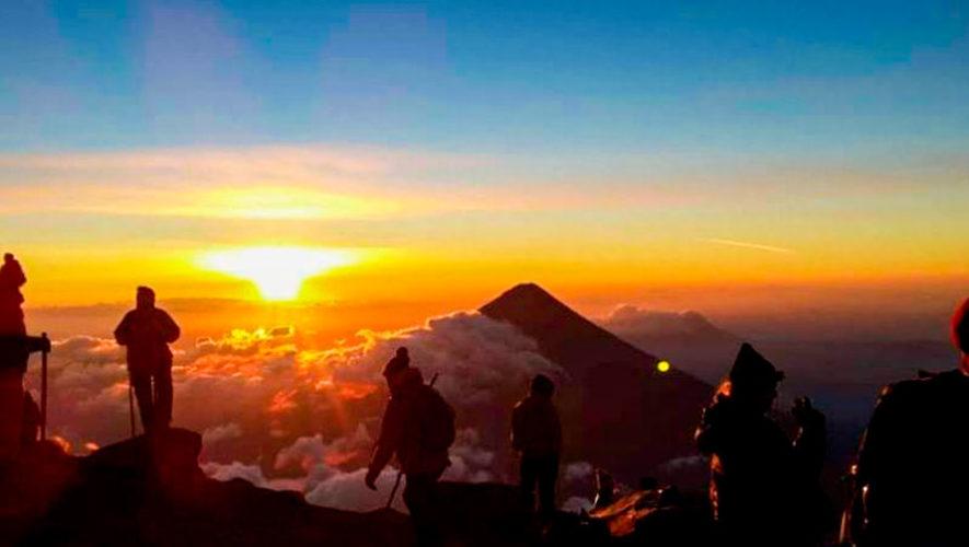 Ascenso y campamento en el volcán Acatenango | Noviembre 2019