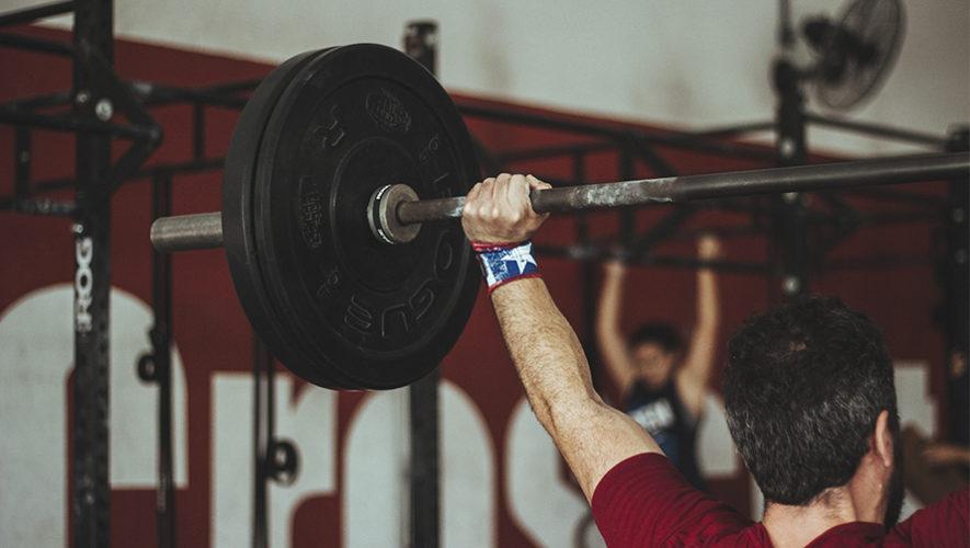 Cómo entrenar y prepararte para competencias de CrossFit en Guatemala
