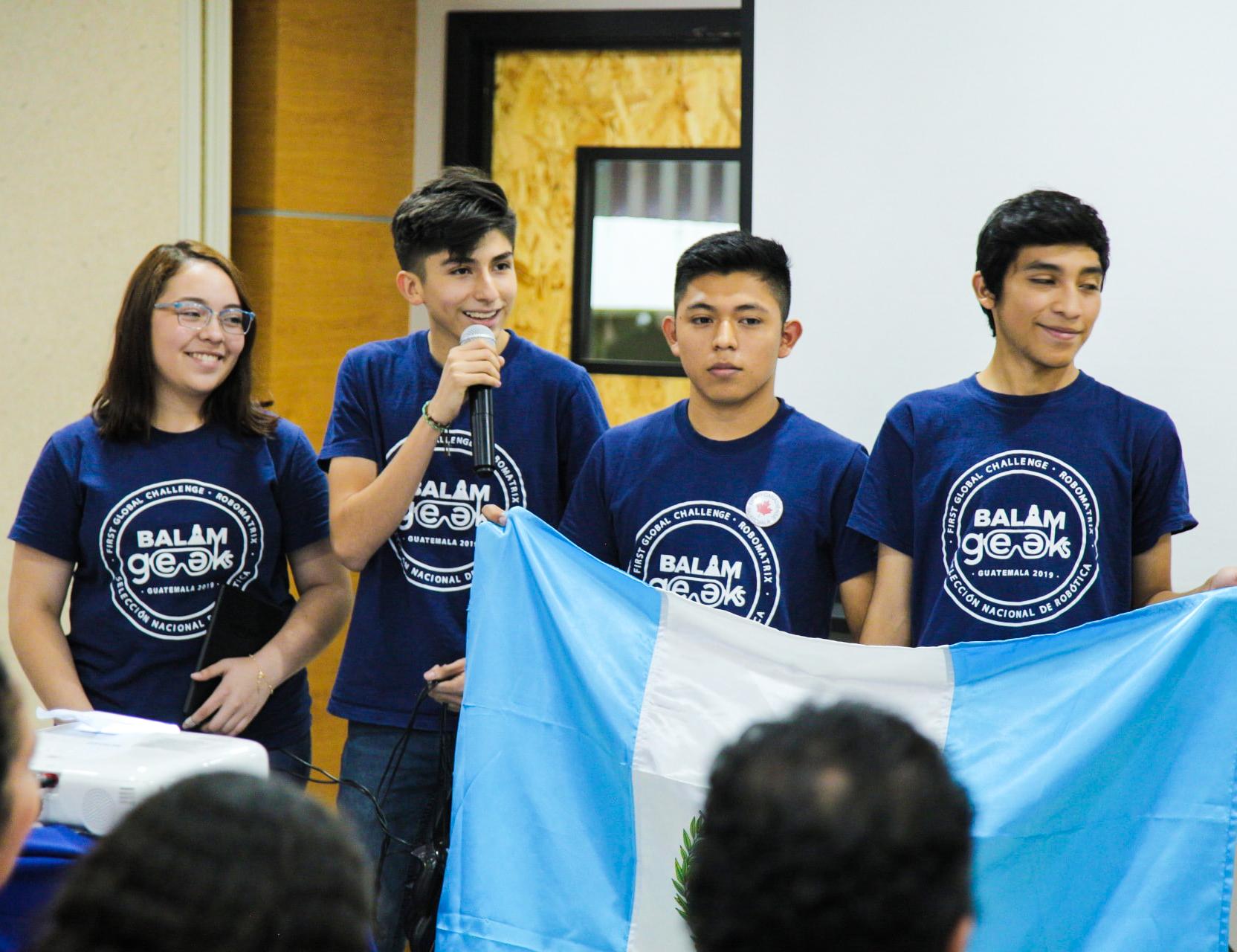 Guatemaltecos participarán en Olimpiadas de Robótica 2019