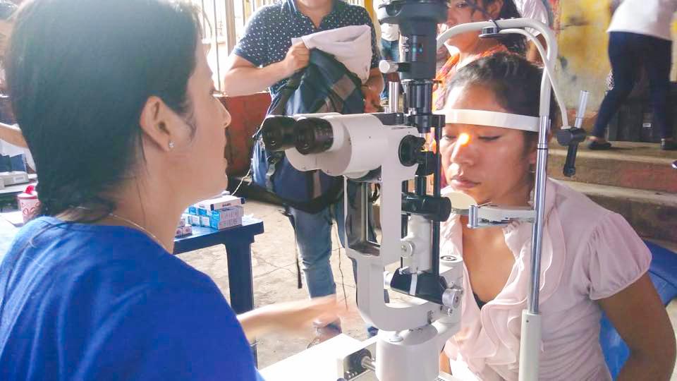 Jornada oftalmológica gratuita para adultos y niños en Guatemala