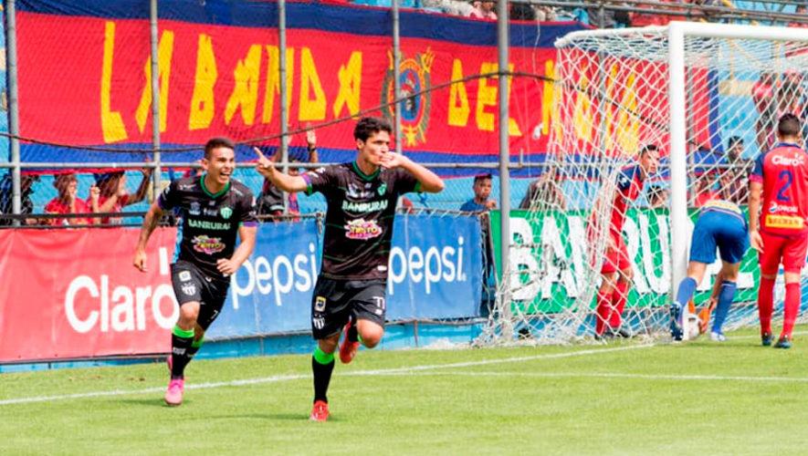 Juega fútbol con profesionales en Guatemala   Octubre 2019