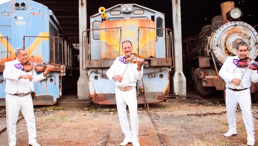 Mariachi interpretó melodía del Ferrocarril de los Altos de Domingo Bethancourt