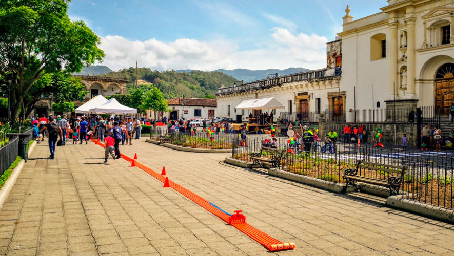 Pista gigante de Hot Wheels en Antigua Guatemala | Octubre 2019