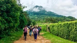 Viajes para escalar en un día el volcán de Agua | Enero 2020