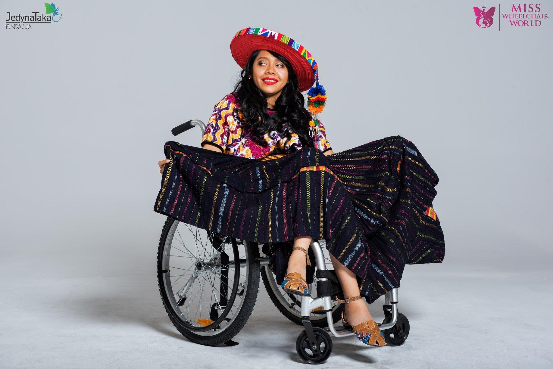 certamen inclusivo para mujeres en silla de ruedas