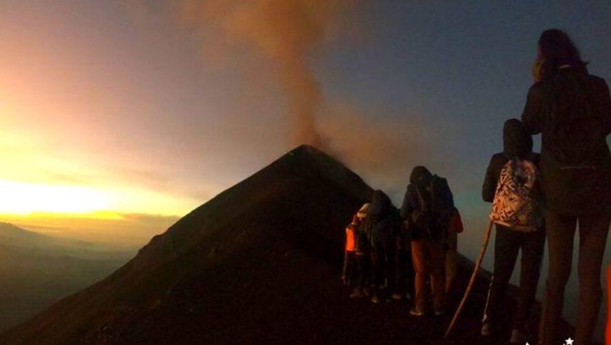 Ascenso nocturno al Volcán Acatenango y tour a cervecería   Diciembre 2019