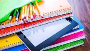 Bazar de útiles escolares de emprendedores en Cerrito del Carmen | Enero 2020