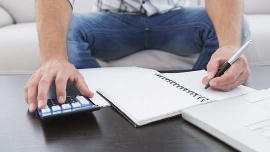 Consejos de cómo poder organizar los gastos para Navidad y fin de año