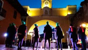 Festival de danzas folklóricas en la Calle del Arco | Diciembre 2019