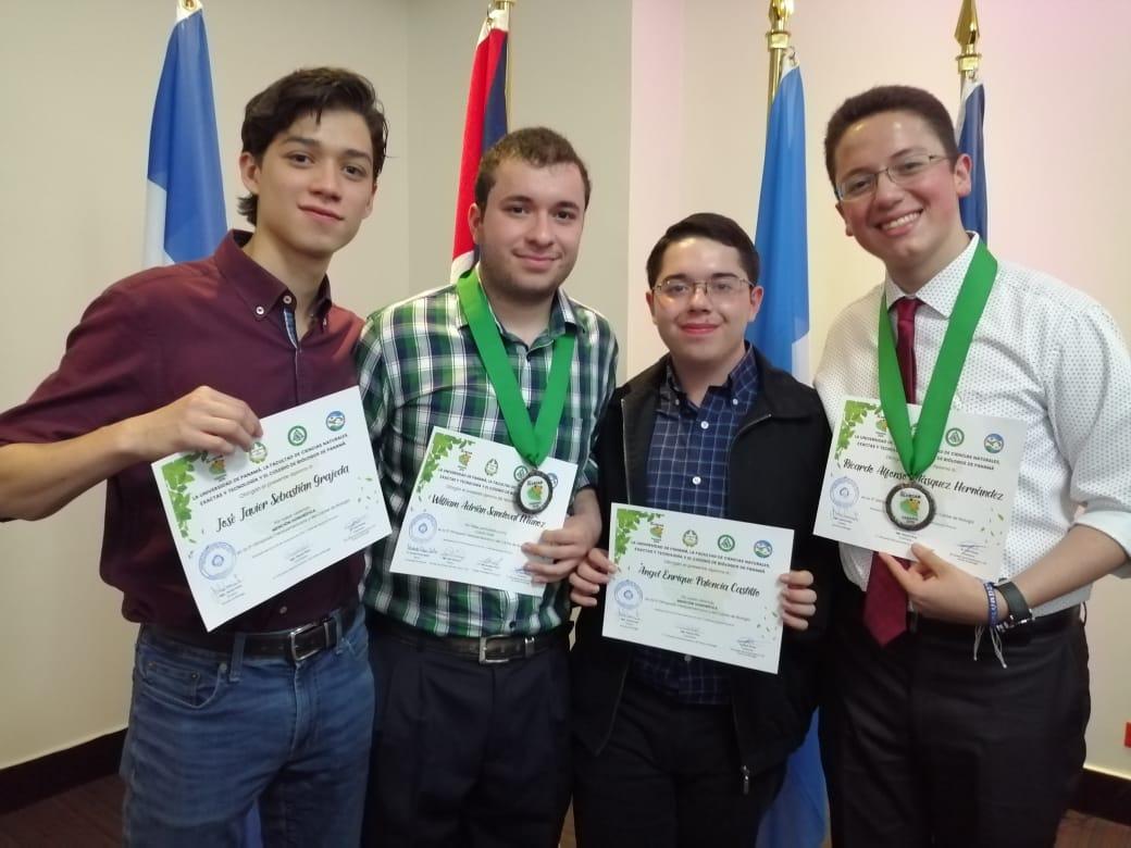 Guatemaltecos destacaron en olimpiada de biología