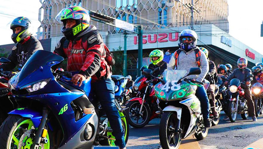 Caravana gratuita en motocicleta a Panajachel desde la capital | Enero 2020