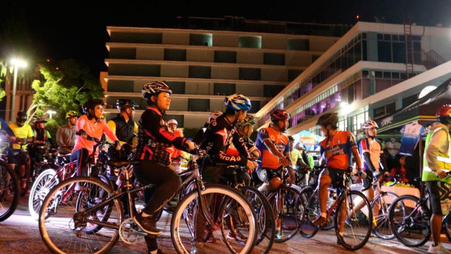 Recorrido nocturno en bicicleta por la Ciudad de Guatemala | Diciembre 2019