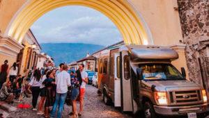 Shuttle de lujo para viajar de Antigua Guatemala a Ciudad de Guatemala | Diciembre 2019