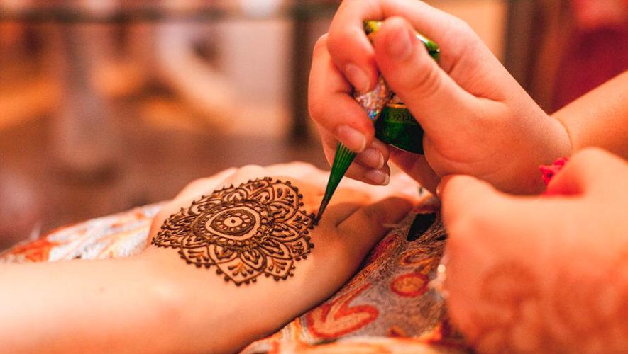 Tarde de tatuajes de henna en Zona 10 | Diciembre 2019