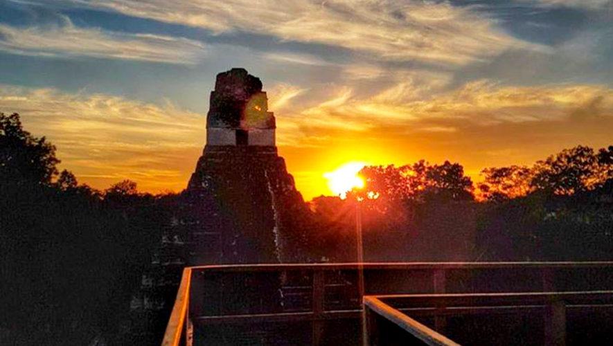 Tour para ver el amanecer en Tikal desde Flores, Petén   Diciembre 2019 - Enero 2020