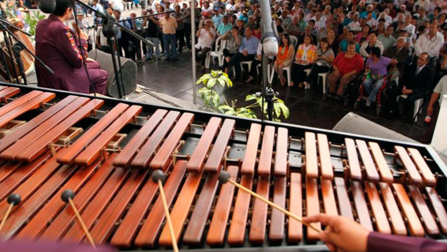 Concierto gratuito de marimba en Antigua Guatemala | Febrero 2020