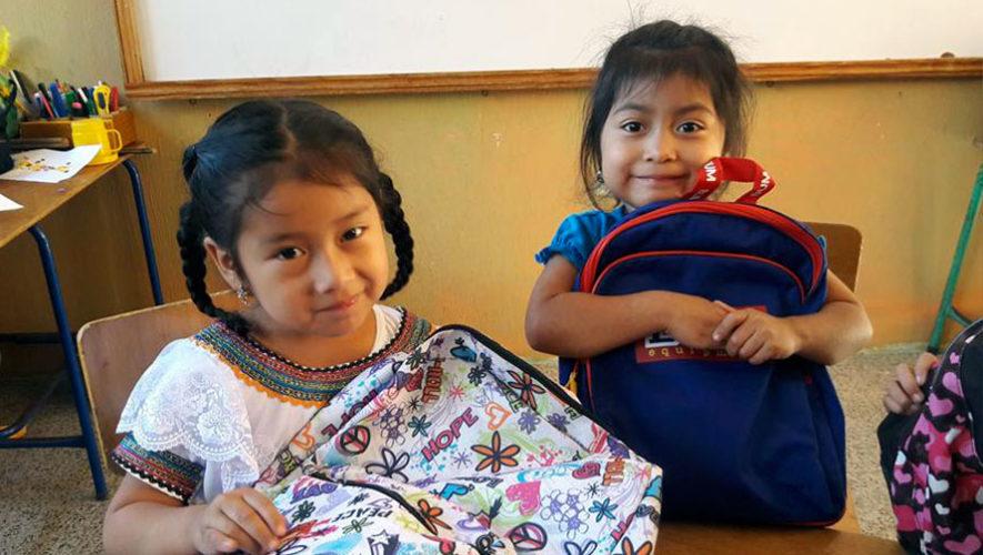 Desayuno por útiles escolares en Zona 10 | Enero 2020