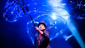 Espectáculo gratuito de burbujas en Zona 17 | Enero 2020