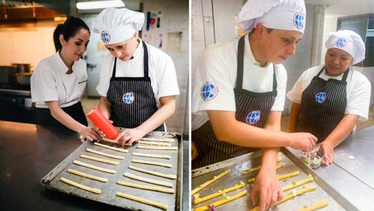 Luis Enrique Rosales, persona con sordoceguera, destaca por su talento en la cocina
