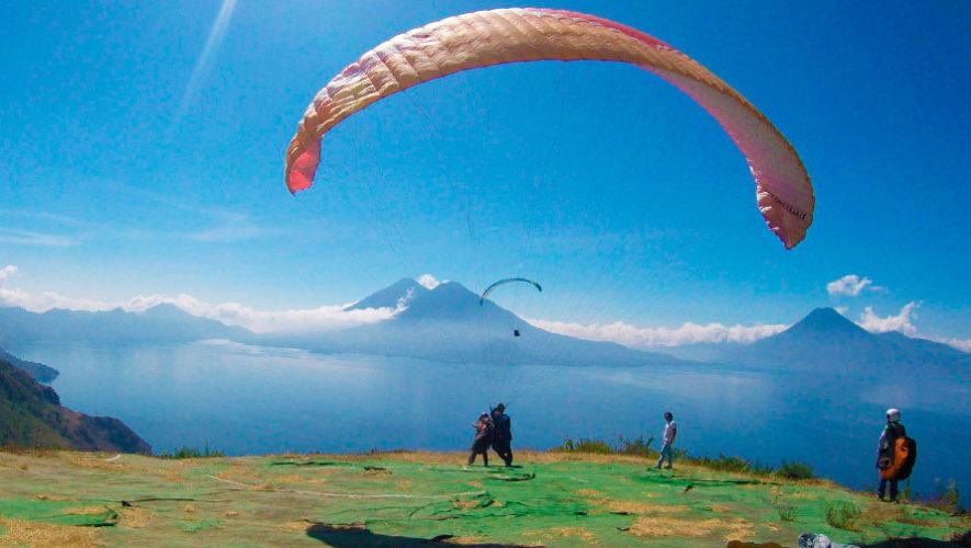 Viaje para sobrevolar el Lago de Atitlán   Enero 2020