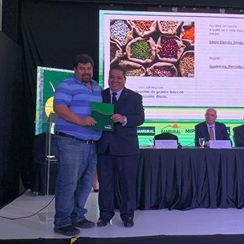Banrural destinará 12 mil millones para emprendimientos guatemaltecos 4
