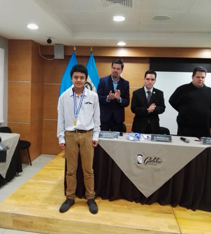 Guatemalteco ganó medalla de oro en olimpiada en Argentina