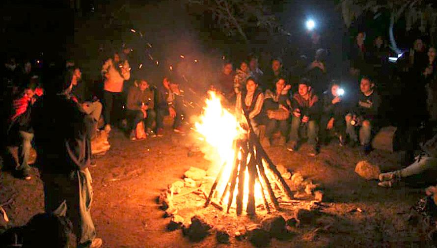 Noche de fogata y leyendas en el Parque Ecológico Kanajuyú