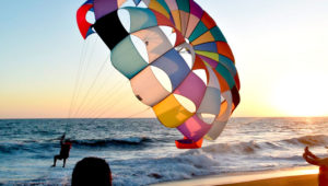 Viaje para practicar parasailing en Monterrico | Marzo 2020