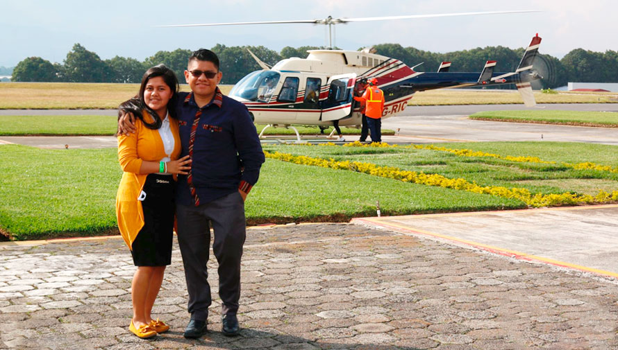 Vuelo en helicóptero en pareja para el Día del Cariño