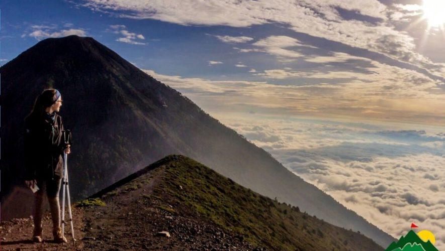 Ascenso nocturno al Volcán de Fuego | Marzo 2020