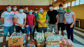 COVID-19: Jugadores del CD Guastatoya donaron víveres para personas de escasos recursos
