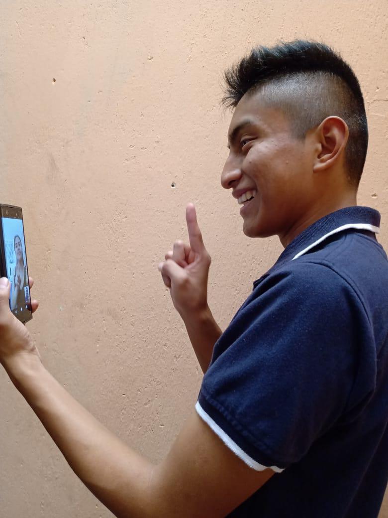 Videollamadas personas con discapacidad auditiva