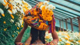 Ayuda comprando a floricultores, de San Juan Sacatepéquez, afectados por el COVID-19
