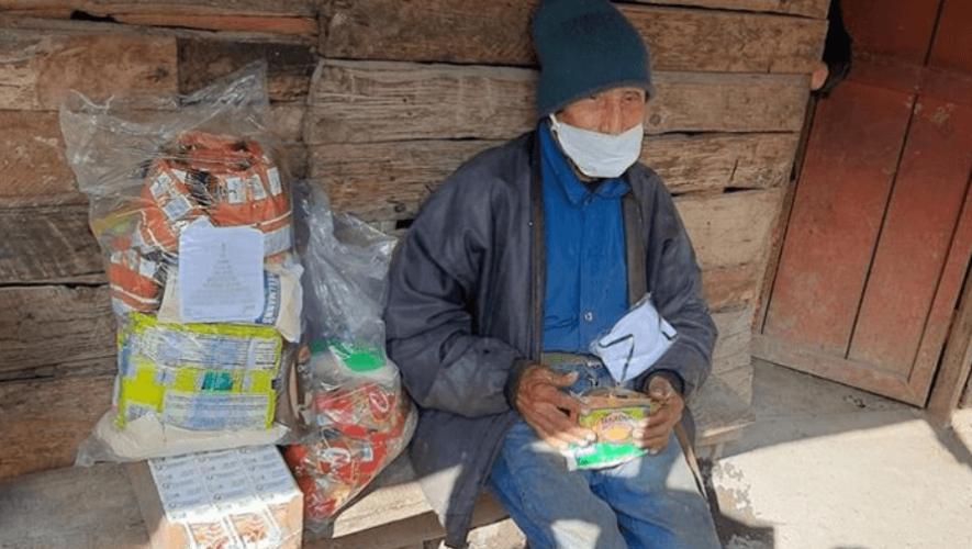 COVID-19: Adopta a un abuelito de Purulhá, Baja Verapaz, iniciativa que busca donarles víveres