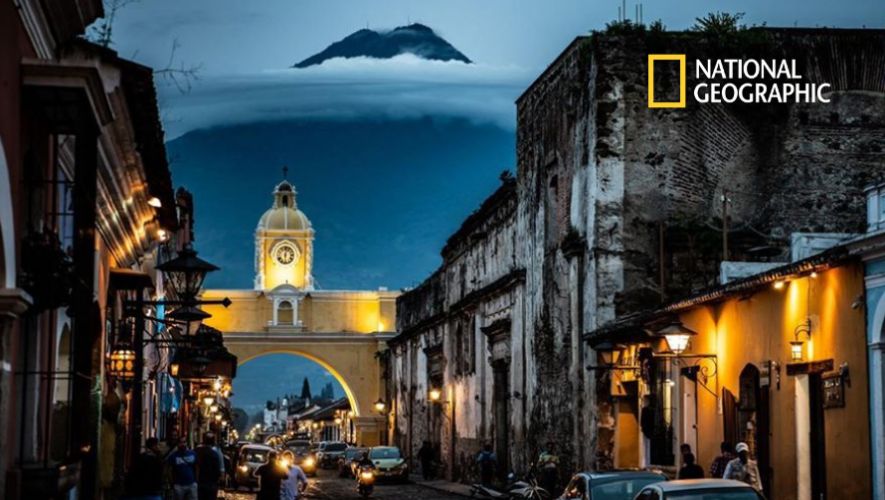 Foto de Antigua Guatemala de noche fue publicada en National Geographic (1)