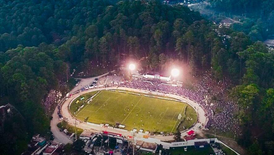 Fuera de Juego reconoce al estadio Verapaz como uno de los más increíbles del mundo