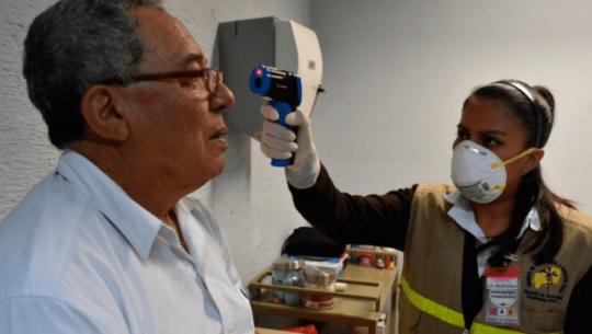 Fundesa donó el primero lote con más de 6 mil pruebas para detectar el COVID-19 en Guatemala