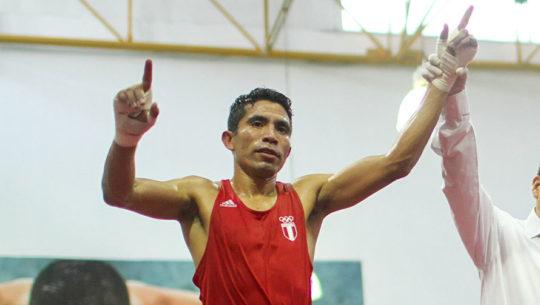 Los momentos más memorables de la carrera deportiva del boxeador Eddie Valenzuela