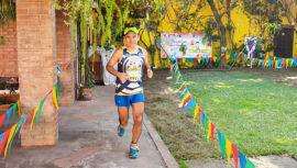 Pablo Wong, el guatemalteco que corrió una maratón en el patio de una casa