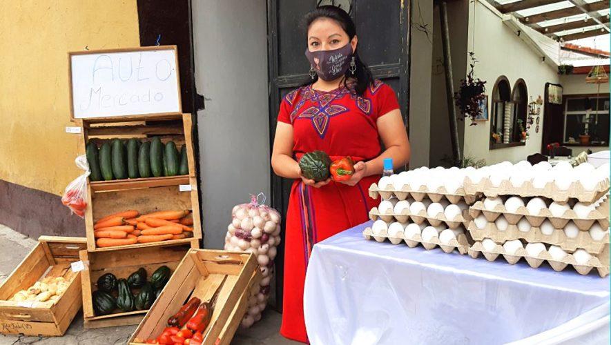 Greisy Sajché abre un auto mercado en la Zona 1 de Quetzaltenango