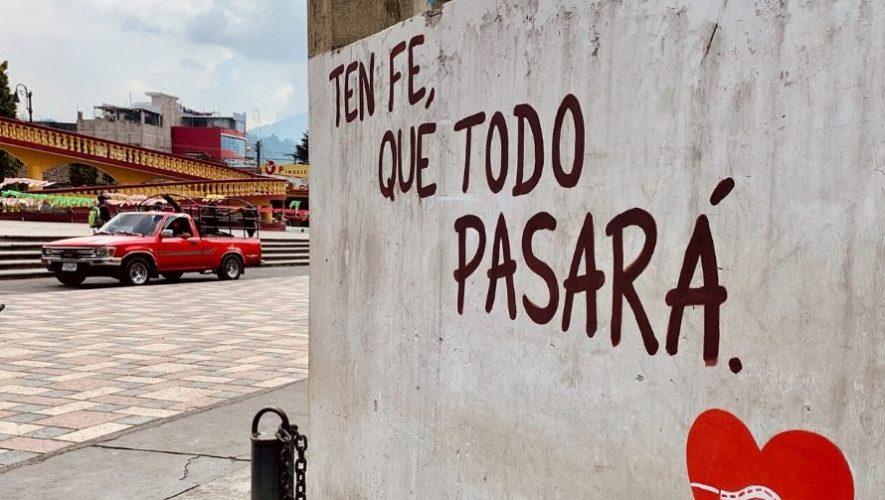 Colectivo Arte A2 llenó de mensajes positivos las calles de Quetzaltenango (1)