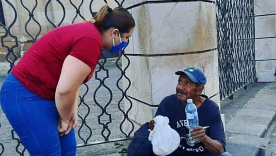 Comunidad de Sant'Egidio Guatemala brinda alimentos a personas en situación de calle (4)