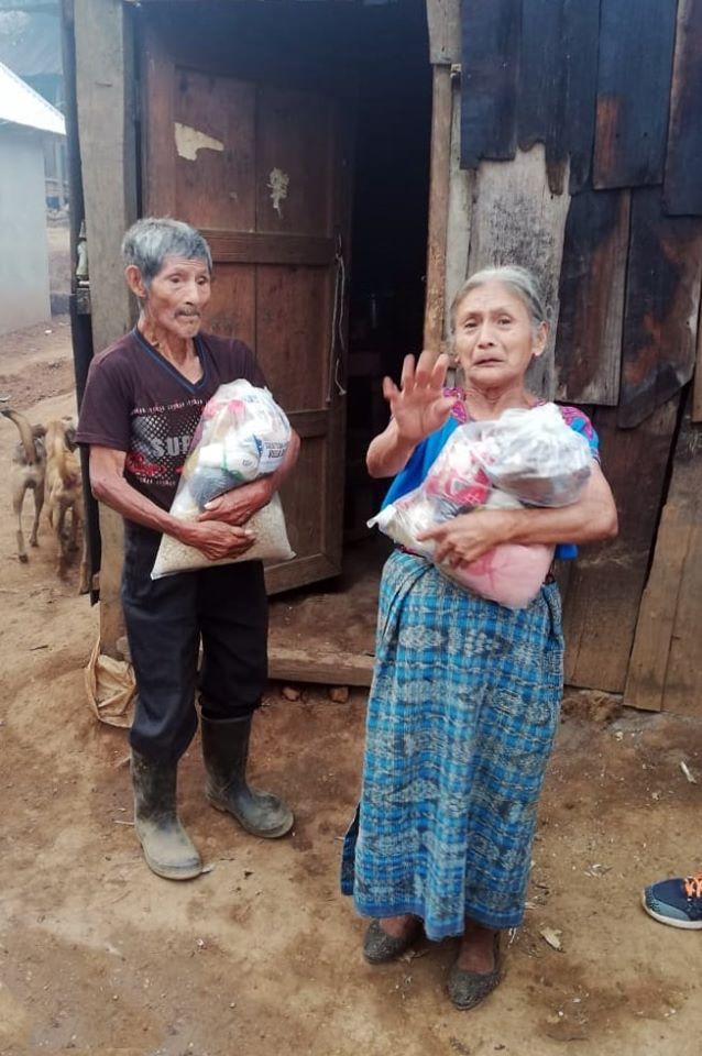Entregan donación de Víveres familias Huehuetenango 2020