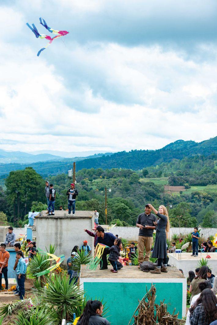 Festival de Barrilestes Gigantes Día de Todos los Santos