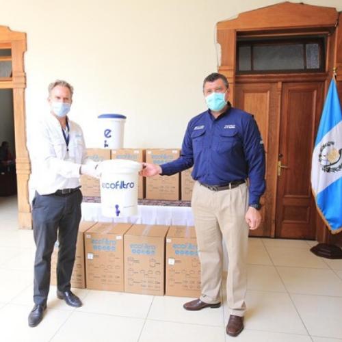 Regalan ecofiltros a guatemaltecos 2020