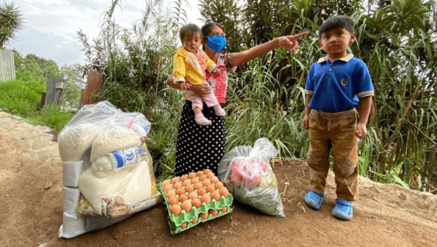 Asociación Los Patojos dona víveres a cientos de familias de escasos recursos