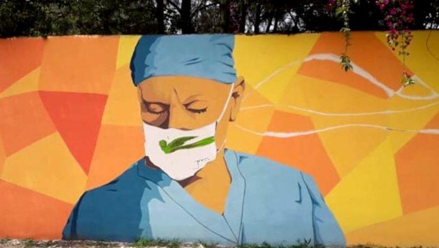 COVID-19: Crean mural para rendir homenaje a médicos guatemaltecos