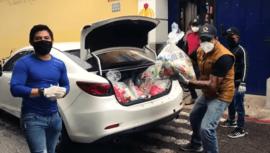 COVID-19: Jorge Vega donó víveres a la Asociación Los Patojos en Sacatepéquez